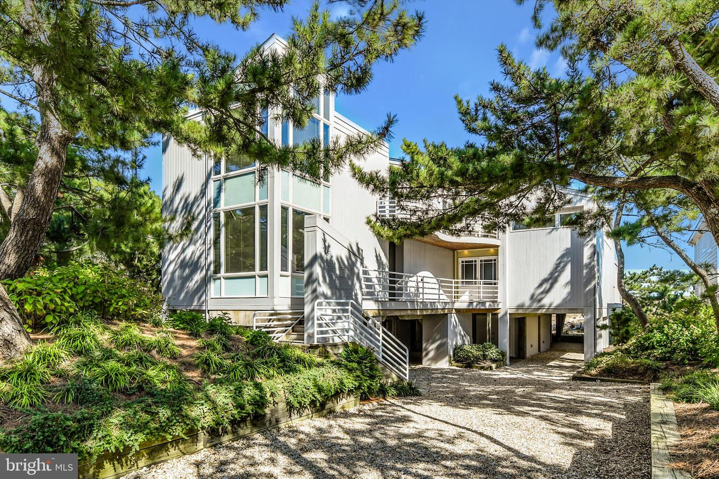 1203 Bunting Ave   - Best of Northern Virginia Real Estate